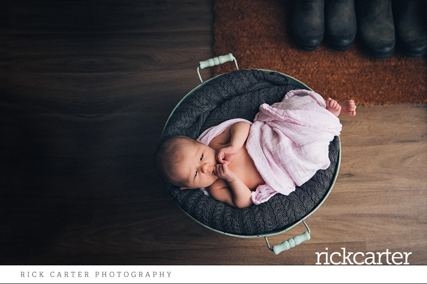 newborn baby lifestyle photographer